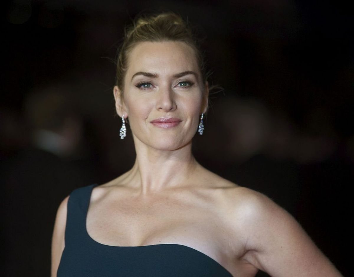 Kate Winslet, der under optagelserne til den kommende 'Avartar 2' film, præsterede at holde vejret under vand i hele syv minutter og fjorten sekunder. Dermed vippede hun Tom Cruise af pinden som rekordholder i den disciplin. Klik videre i galleriet for flere billeder. Foto: Scanpix/REUTERS/Neil Hall