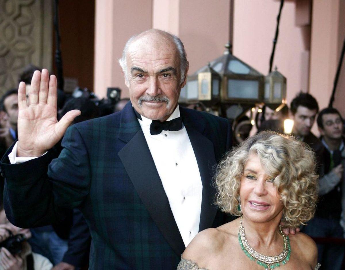 I dag 91-årige Micheline Roquebrune og Sean Connery blev gift helt tilbage i 1975. Klik videre i galleriet for flere billeder. Foto: Scanpix/Jack GUEZ / AFP