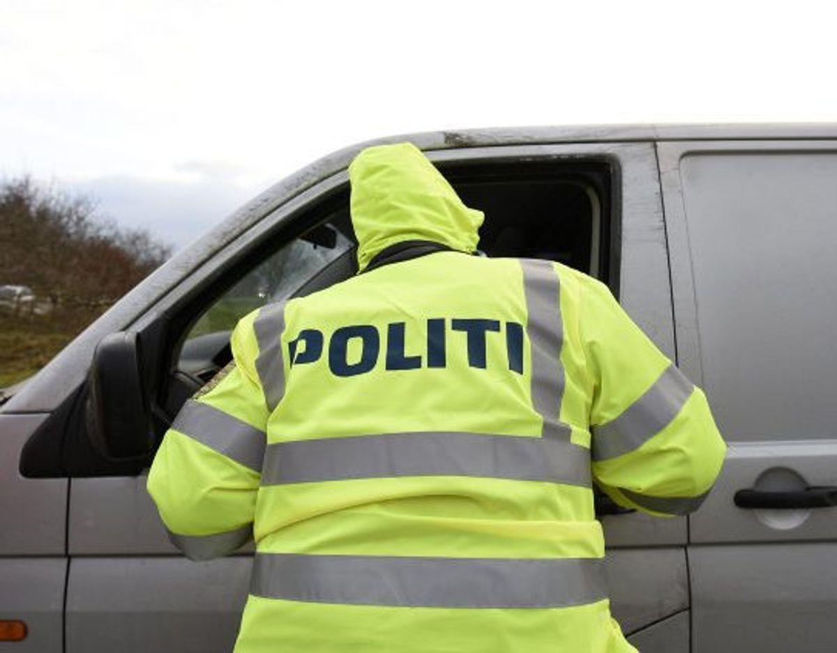 Ved en grænsekontrol blev omkring 20 kilo amfetamin fundet skjult i en bil. Foto: Fabian Bimmer/Reuters/ Arkiv
