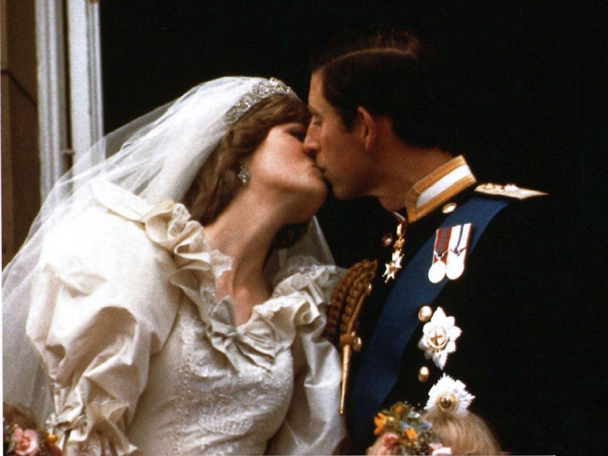 En veninde af prinsesse Diana afslører, hvad prins Charles chokerede med dagen før parrets bryllup. KLIK VIDERE OG SE MERE. Foto: REUTERS/stringer/FILES