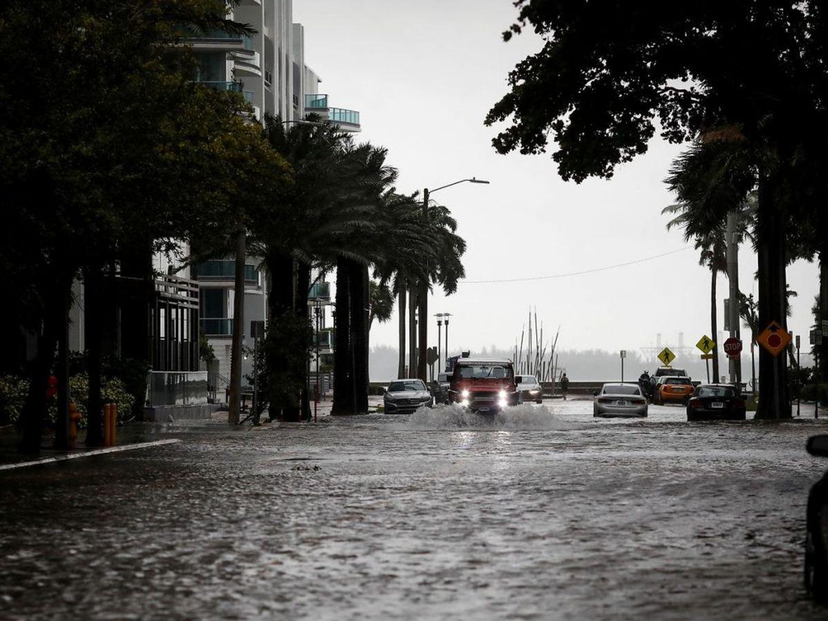 Vandmasserne lagde nærmest gaderne i Miami øde. Foto: Marco Bello/Scanpix.