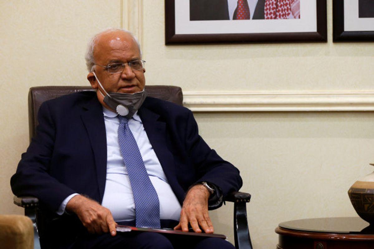 Palæstinensernes chefforhandler, Saeb Erekat, der søndag blev indlagt på et hospital i Israel med covid-19, er død, 65 år. Erekat var generalsekretær i Den Palæstinensiske Befrielsesorganisation (PLO). Foto: Muhammad Hamed/Reuters