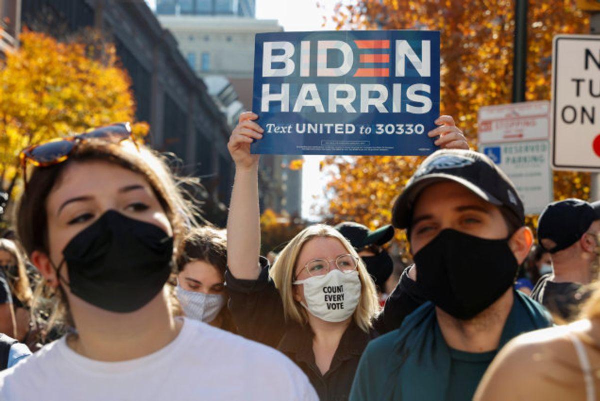 Der venter Joe Biden en svær opgave med at prøve at mindske splittelsen i det amerikanske samfund, vurderer chefredaktør på kongressen.com Anders Agner Pedersen. Foto: Rachel Wisniewski/Reuters