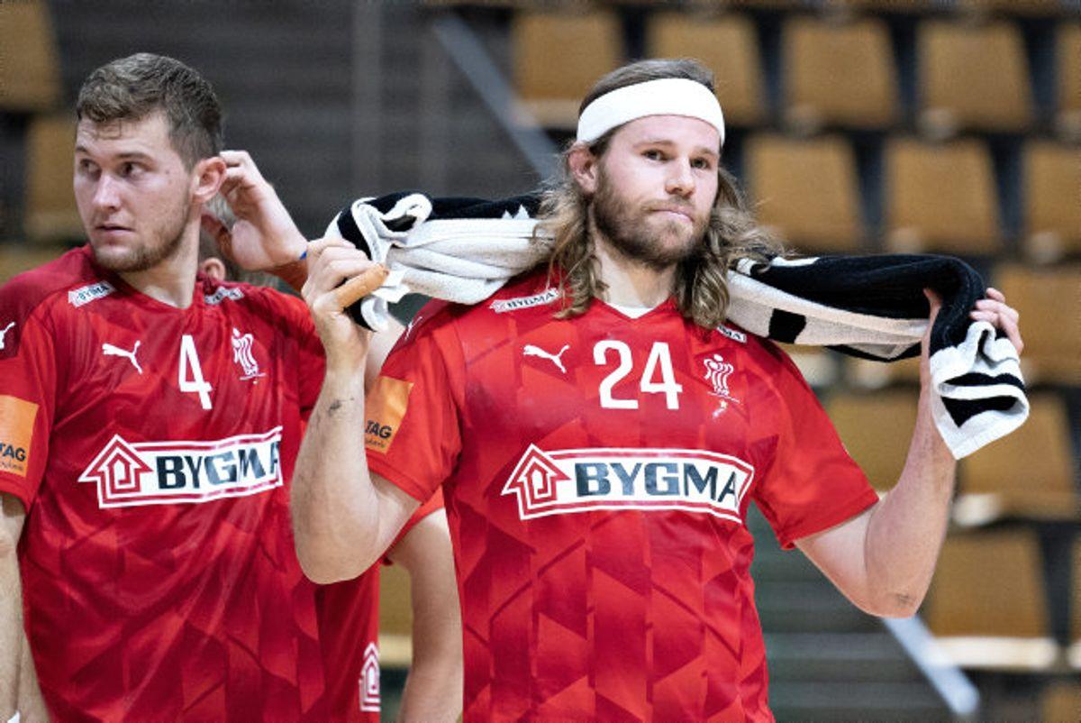 Mikkel Hansen (til højre) var med i torsdags, da Danmark vandt hjemme over Schweiz. Hansen er dog ikke med mod Finland lørdag eftermiddag. Foto: Henning Bagger/Scanpix