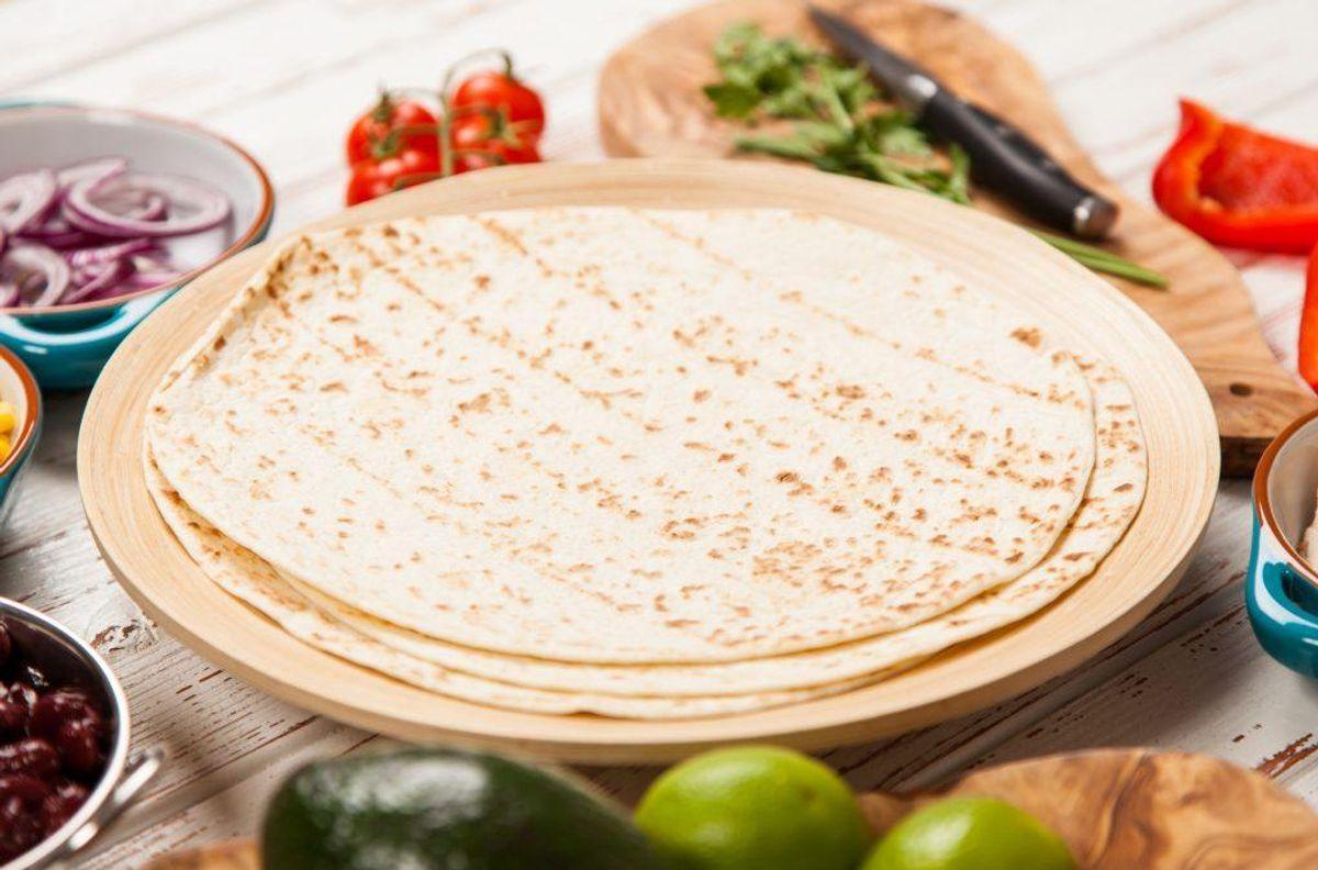 Tortillas kan hurtigt blive mugne, hvis de opbevares udenfor køleskabet. Holdbarheden forlænges betydeligt, hvis man putter dem i køleskabet. Kilde: Reader's Digest. Arkivfoto.