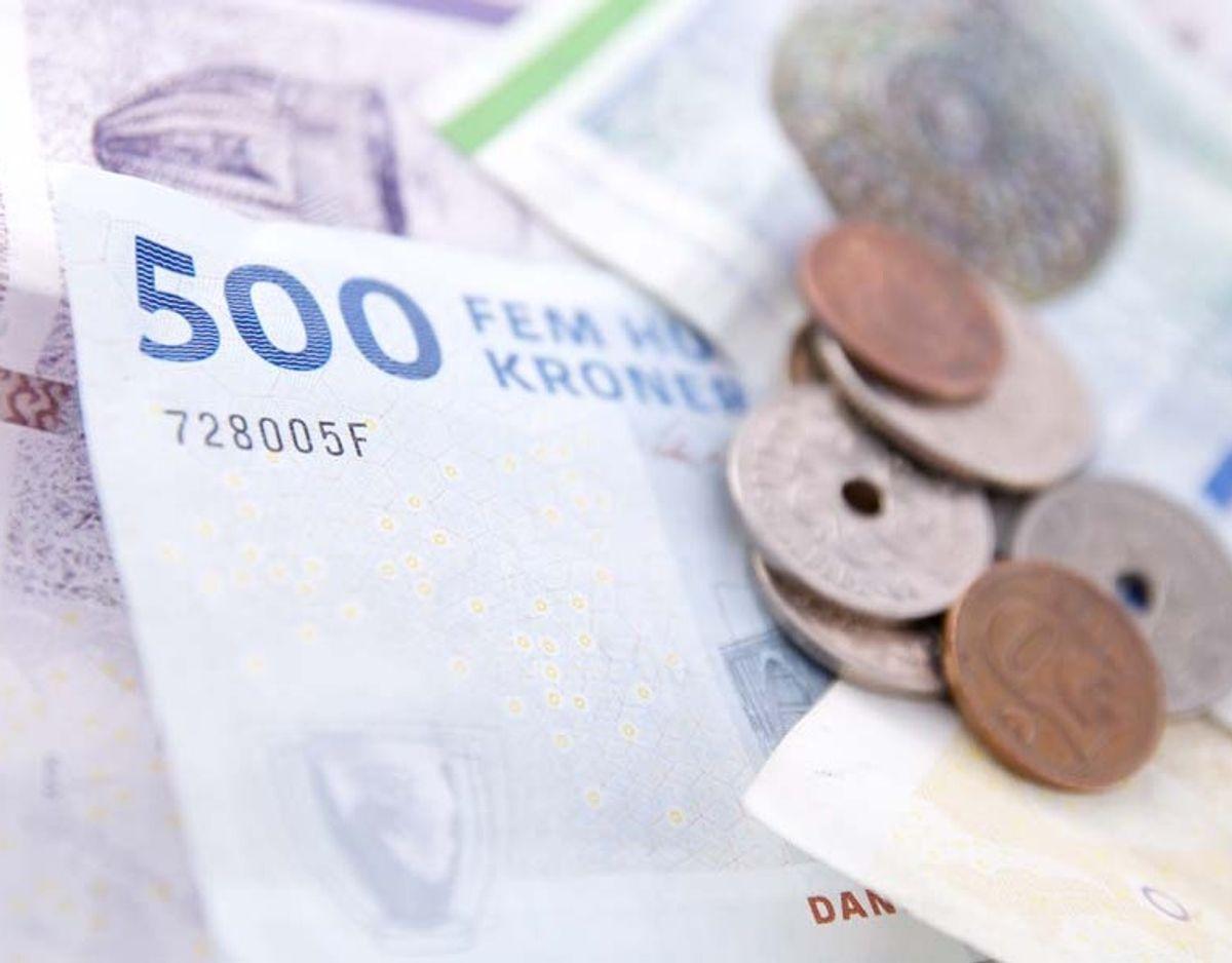 Årlig indkomst før skat: 100.000 – udbetaling på 4500 kroner efter skat.