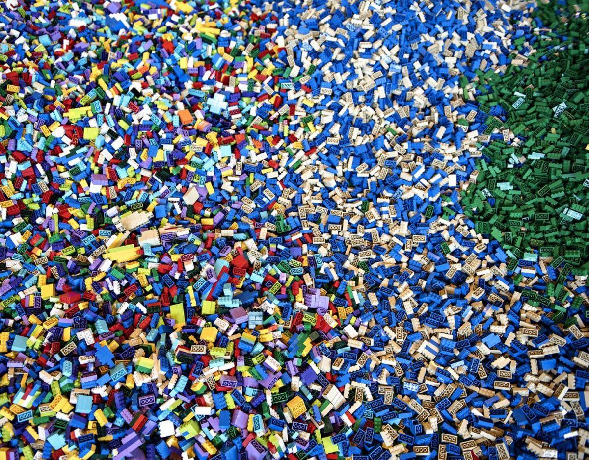 Lego-arvingen Gunhild Kirk Johansen har mistet sin mand. Foto: Scanpix
