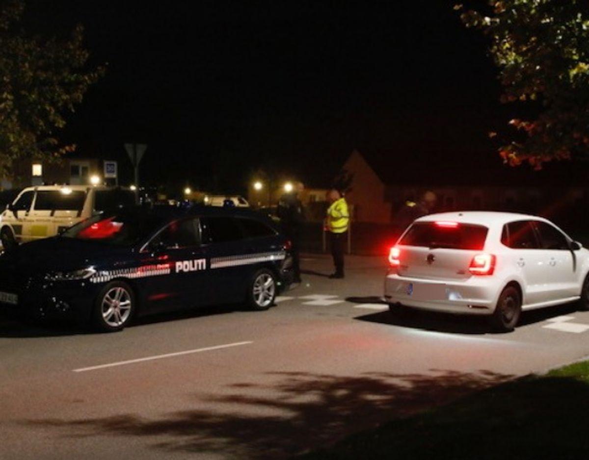 Politiet rykkede ud og afspærrede et område. Foto: Presse-fotos.dk.