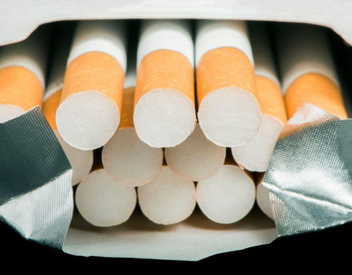 Tobak: Skader fordøjelses- og nervesystemet, og kan medføre høj hjerterytme, kollaps, koma og døden.
