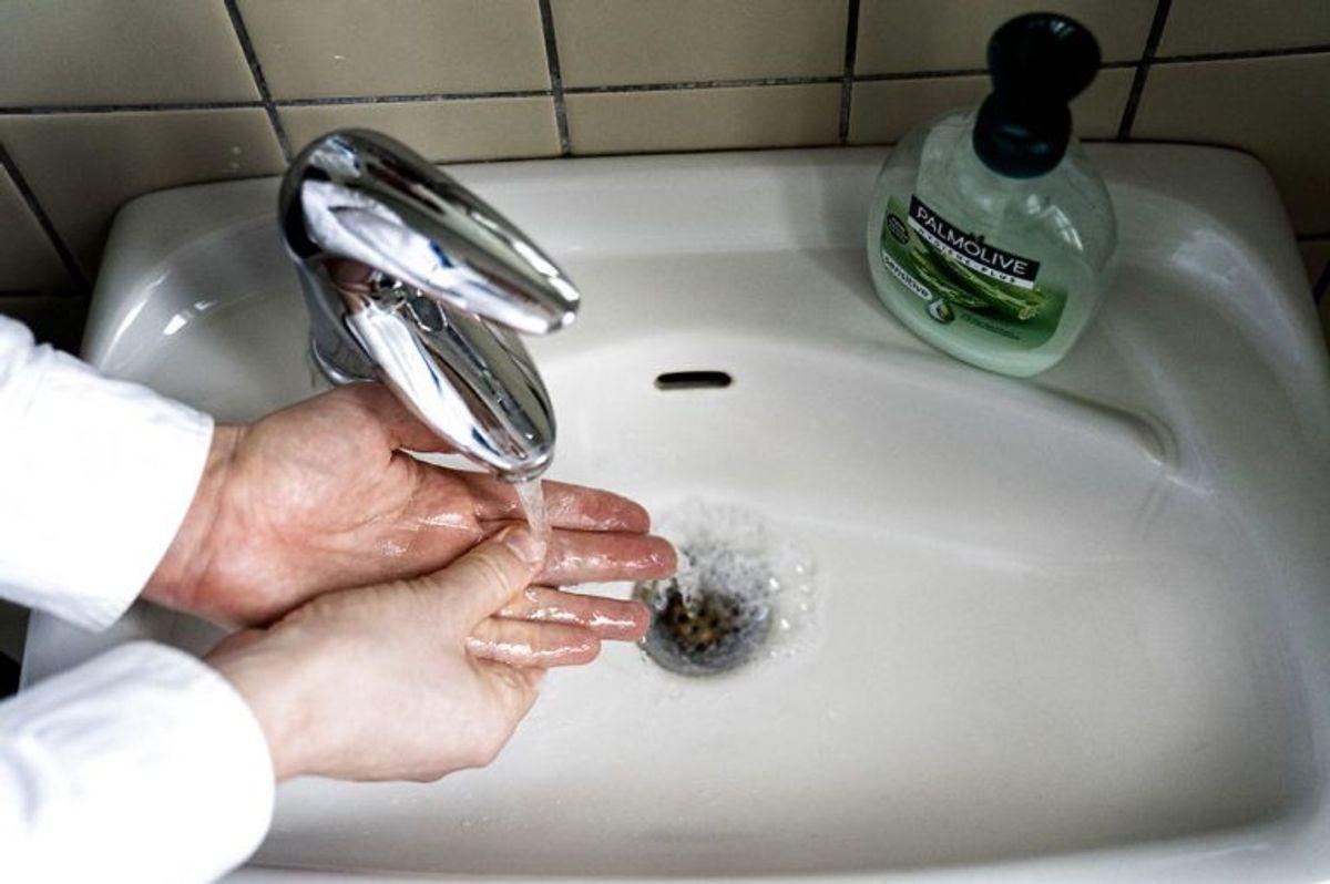 Hånddesinfektion PR.nr 4263343 fra Nowocoat er tilbagekaldt. Foto: Scanpix