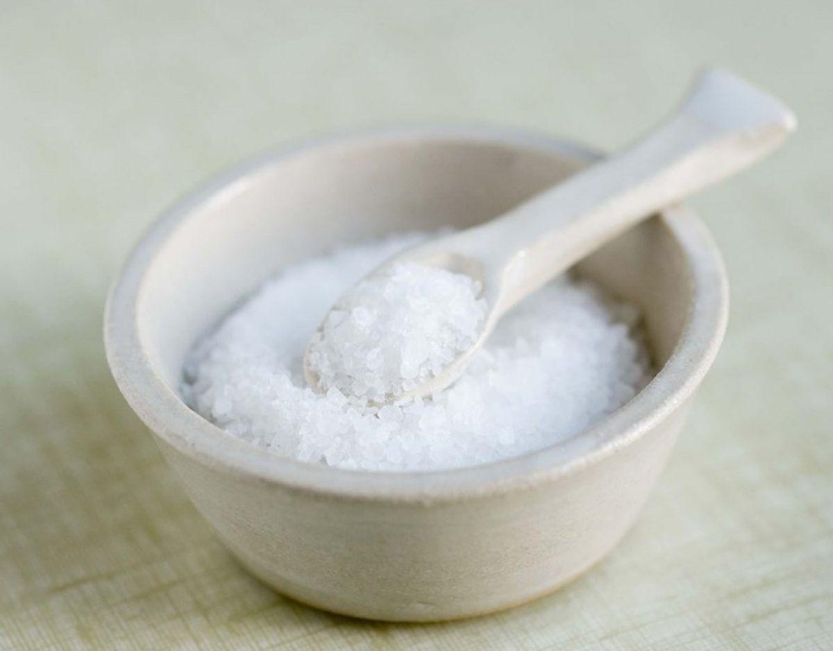 Du risikerer let at få for meget salt i din mad. KLIK VIDERE OG SE FØDEVARER HVOR DER ER VIRKELIG MEGET SALT I.