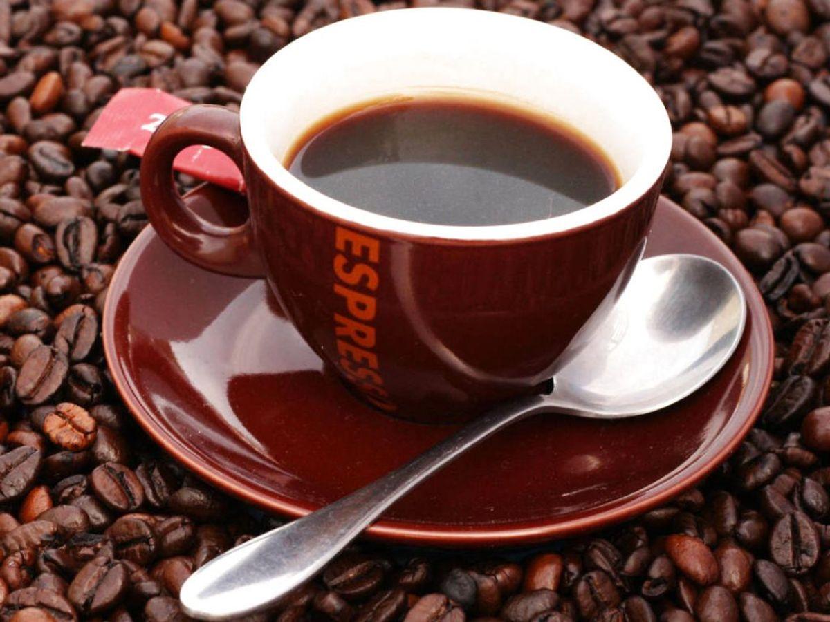 Kaffe indeholder en hel række ting, der sætter gang i fordøjelsen, så man til sidst ender på toilettet. For meget kaffe kan dog også have effekt som afføringsmiddel. Foto: Ritzau Scanpix