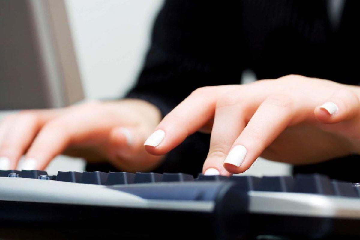 Med det rette mundstykke kan du også komme af med selv de mest genstridige krummer i dit tastatur. Kilde: Reader's Digest. Arkivfoto.