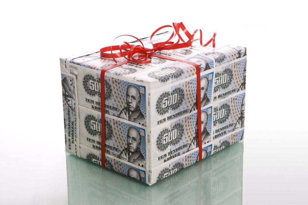 Værsågod. En venlig lottomillionær har foræret en million væk til Læger uden grænser. Foto: Colourbox.
