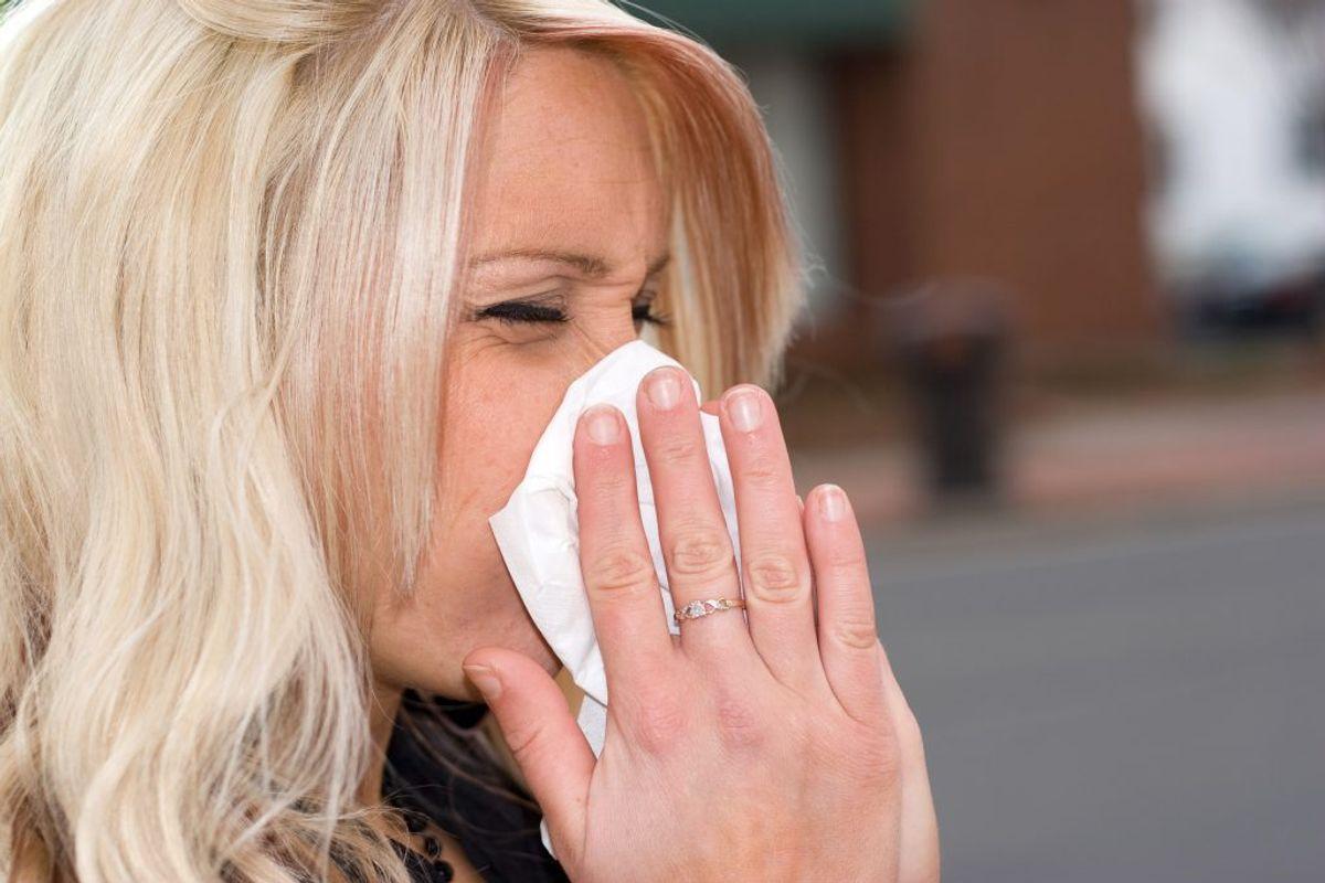 Er du i tvivl om dine symptomer blot er allergi eller høfeber, eller om der kan være tale om COVID-19? KLIK VIDERE OG SE DE TYPISKE SYMPTOMER PÅ HENHOLDSVIS HØFEBER OG COVID-19. Arkivfoto.
