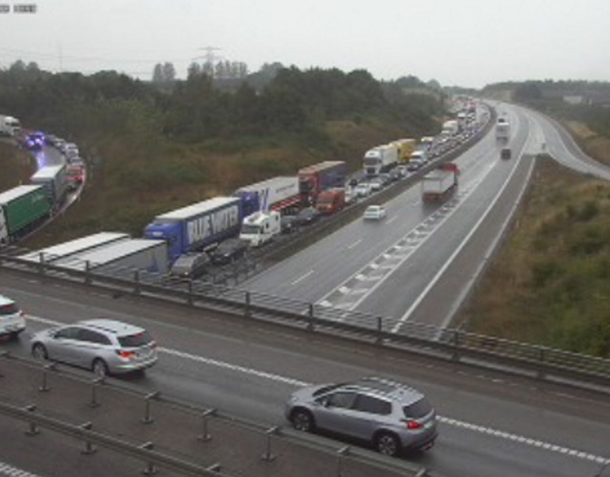 Kø på E45 efter trafikuheld torsdag eftermiddag. Foto: Vejdirektoratet.