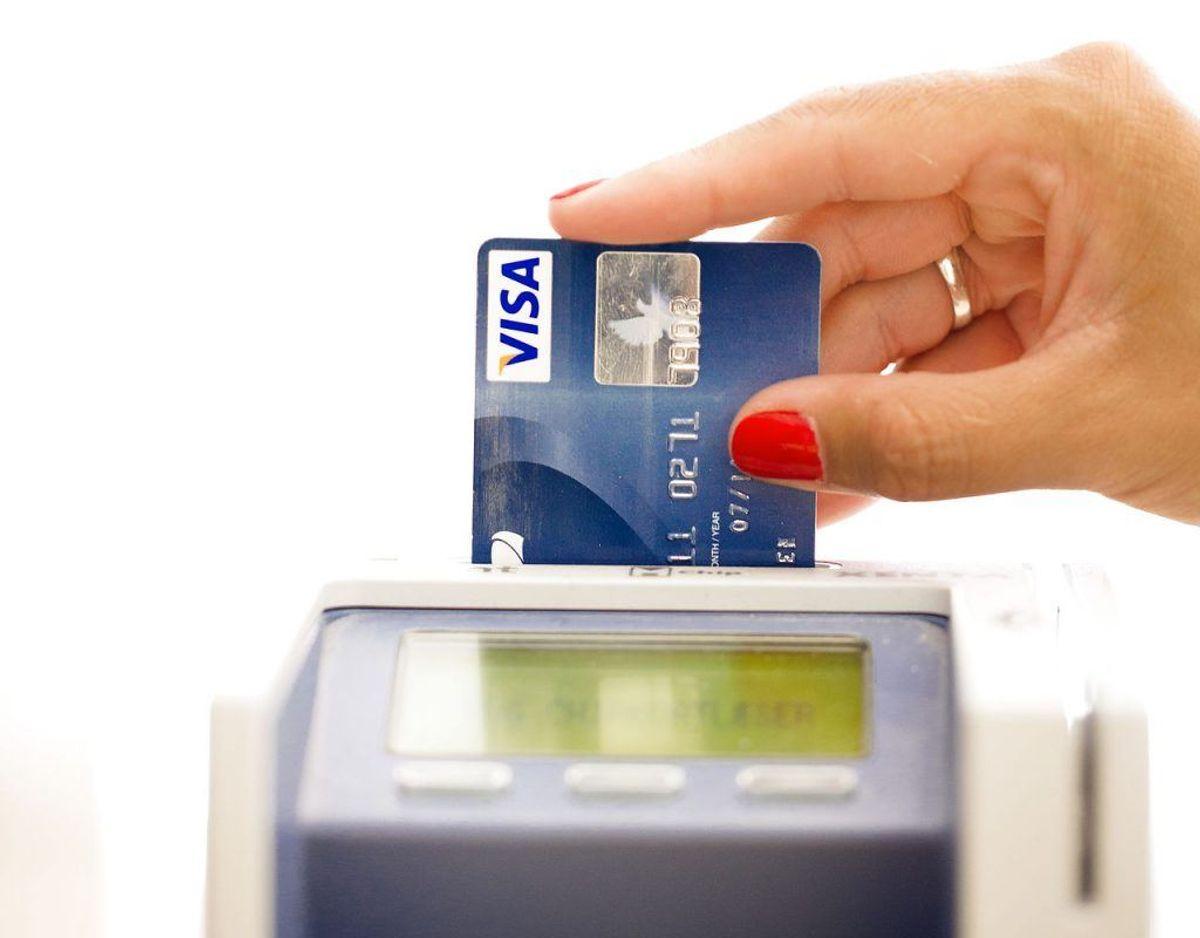 Banken er dog ikke til meget hjælp, hvis du har betalt med dit Visa Dankort. Dog kan du forsøge, at få banken til at søge om erstatning ved konkurs, hvis det er Visa-delen af betalingskortet, der er blevet brugt til at betale for rejsen. Kilde: Forbrugerrådet Tænk Foto: Scanpix