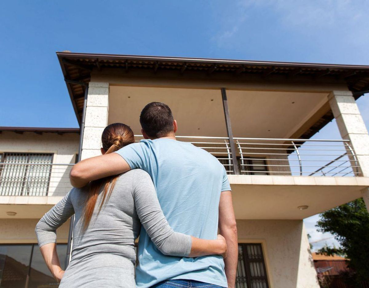 Inden man køber et hus, så skal du være helt sikker på, at det er det rigtige. Kør en tur i området, måske tag ud at se det flere gange. Foto: Scanpix