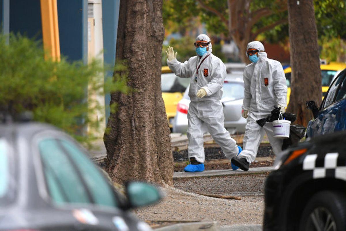 Myndighederne i Melbourne arbejder lige nu på højtryk for at inddæmme et stigende antal smittetilfælde med coronavirus i byen. Foto: Stringer/Reuters