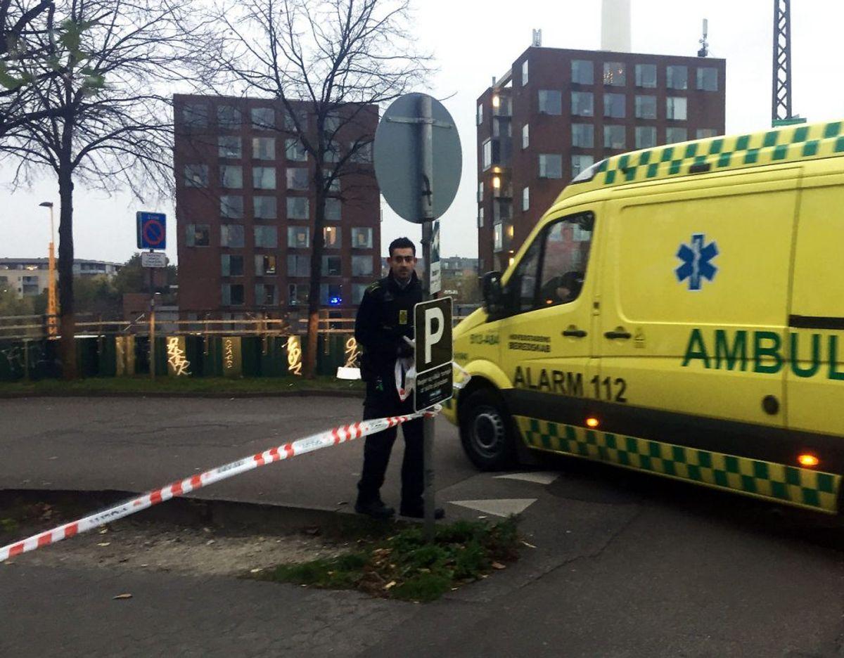 Politi og ambulance på Tagensvej i København i forbindelse med drabet. (Foto: Kristian Djurhuus/Scanpix 2017)
