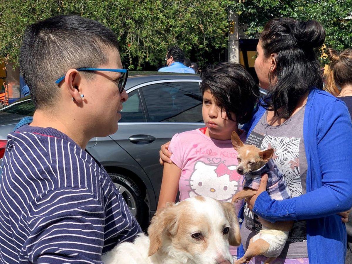 Indbyggere i Mexico efter skælvet. Foto: Carlos Jasso/Scanpix.