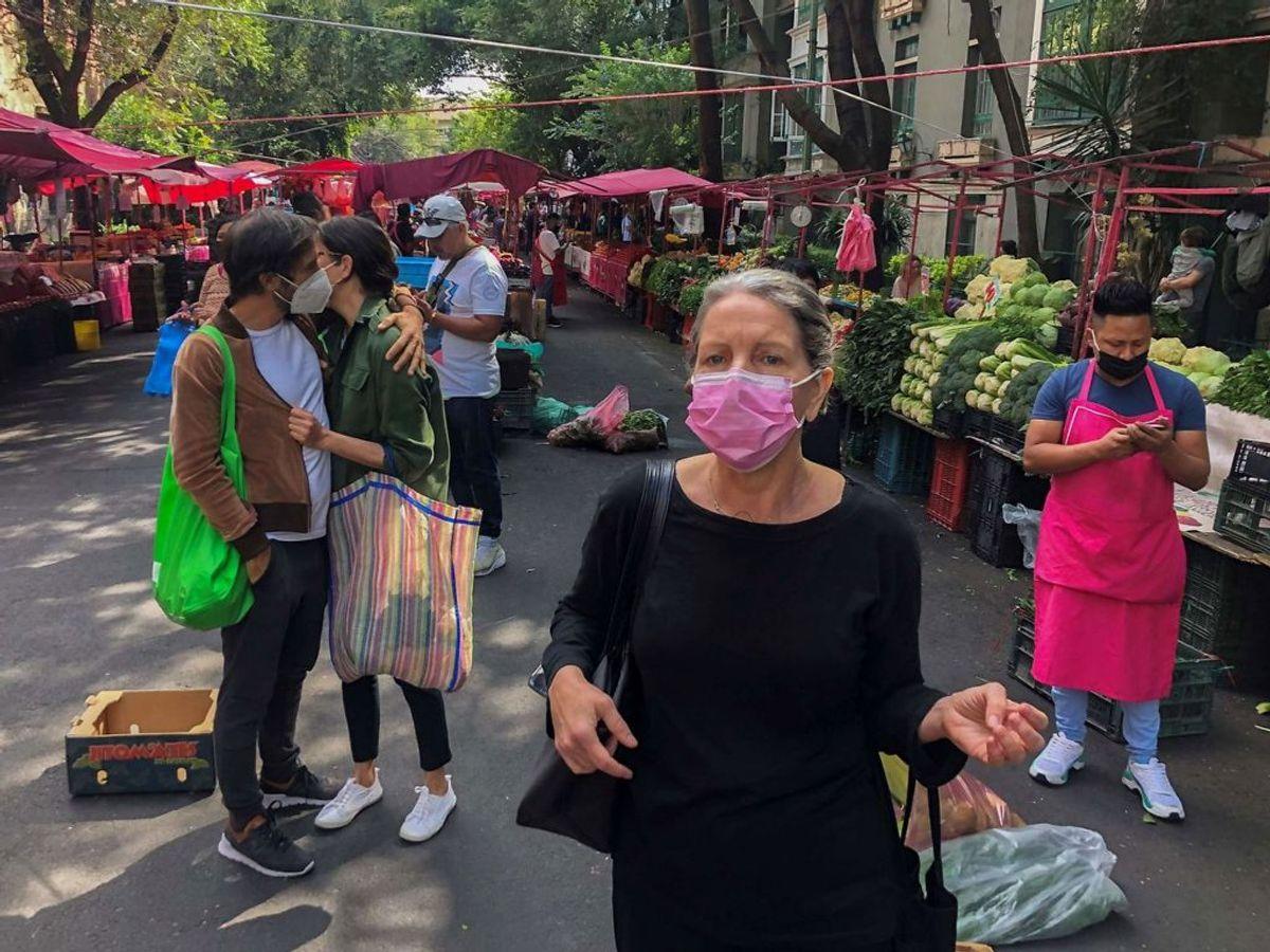 Indbyggere i Mexico efter skælvet. (Foto: Pedro PARDO/ Scanpix)