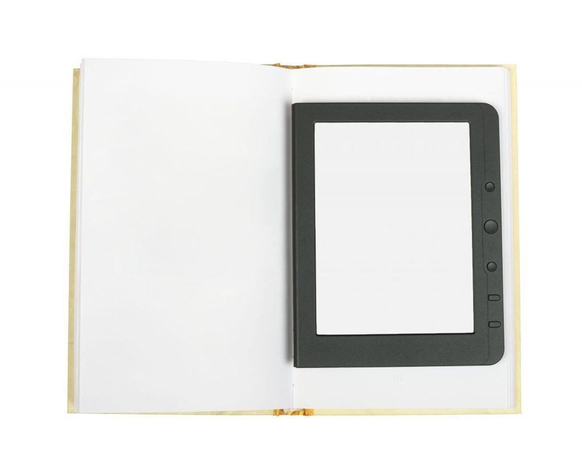 Skift til e-bøger i stedet for de papirspildende bøger. Kilde: Good Housekeeping. Arkivfoto.