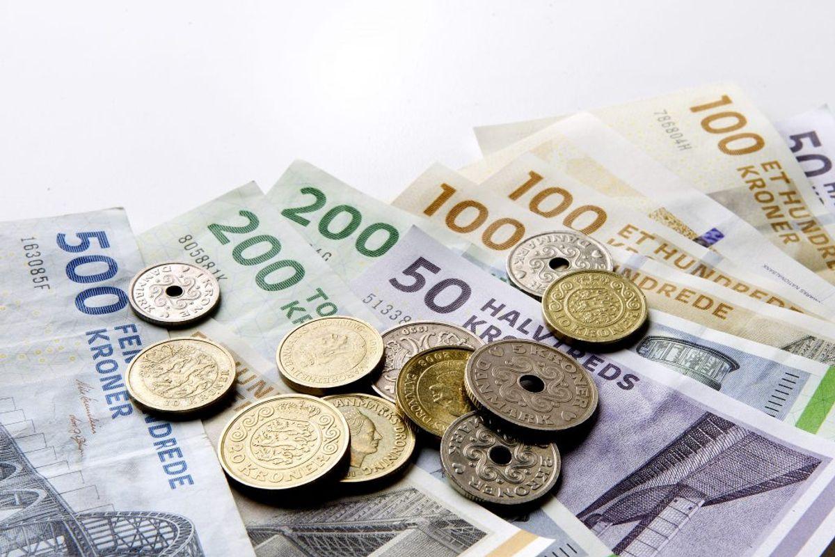 Tre ugers feriepenge udbetales til oktober. De sidste to af de i alt fem ferieuger skal partierne forhandle om i efteråret Kilder: Finansministeriet, aftalepartierne. (Foto: Bax Lindhardt/Ritzau Scanpix)