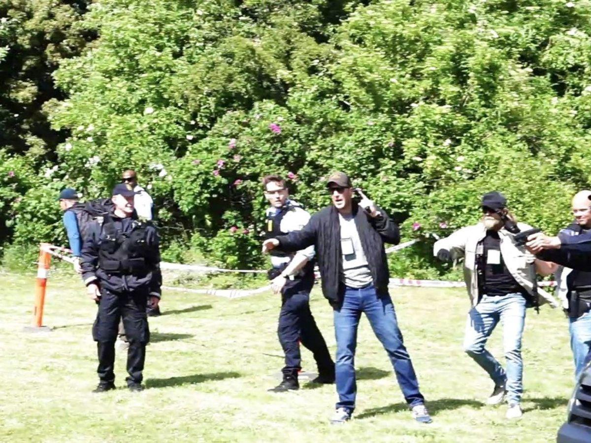 Fredag affyrede politiet mod en mand. Men hvilke regler gælder før politiet affyrer skud. KLIK VIDERE OG SE REGLERNE. Foto: Presse-foto.dk/Scanpix 2020