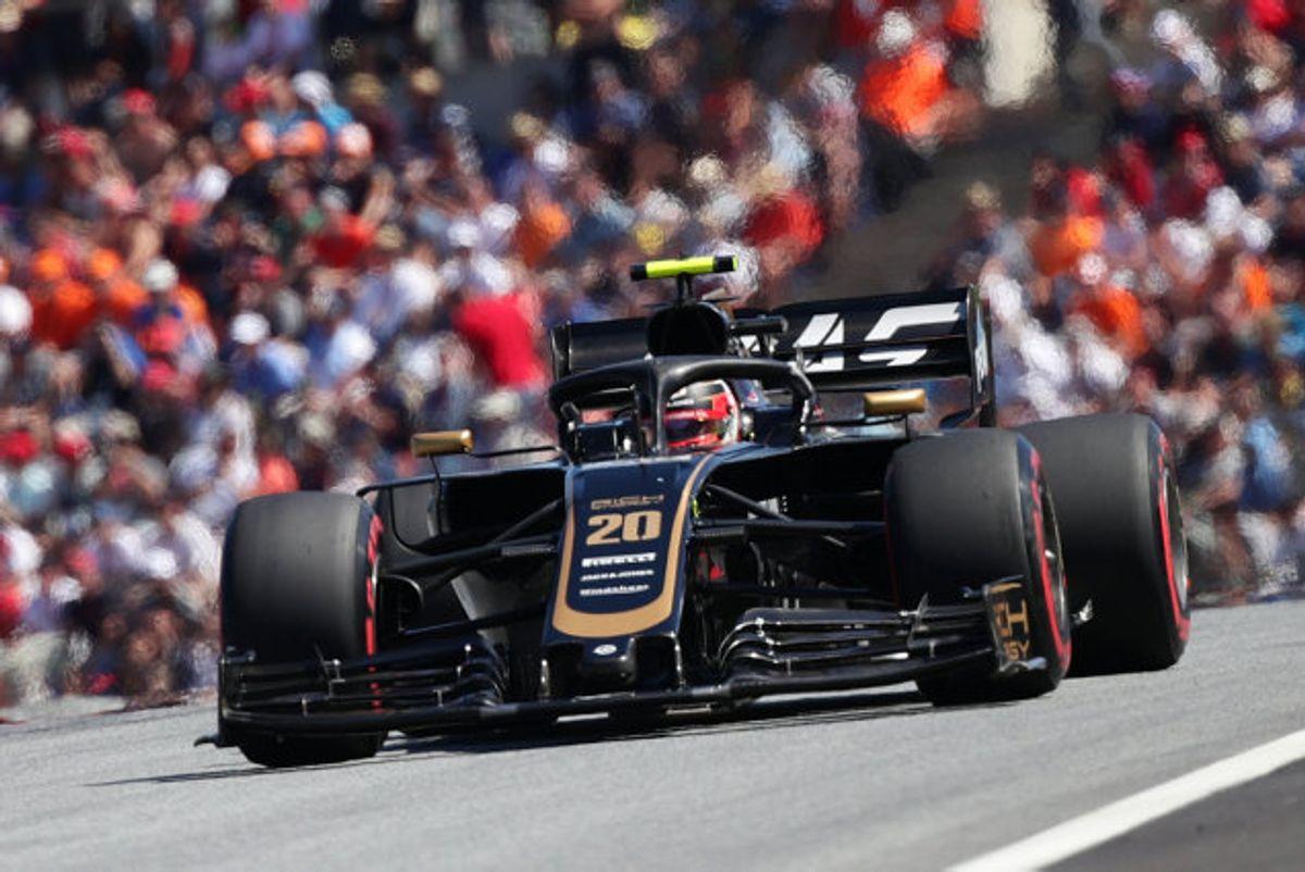 Kevin Magnussen og resten af Formel 1-feltet bliver yderligere tre grandprixer fattigere i 2020. (Arkivfoto) Foto: Lisi Niesner/Reuters