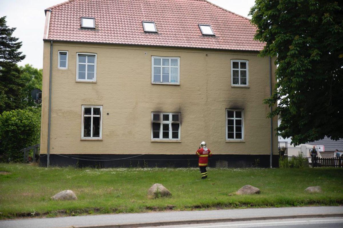 En mand er blevet anholdt. Han er mistænkt for forsætlig brandstiftelse. Foto: Presse-fotos.dk
