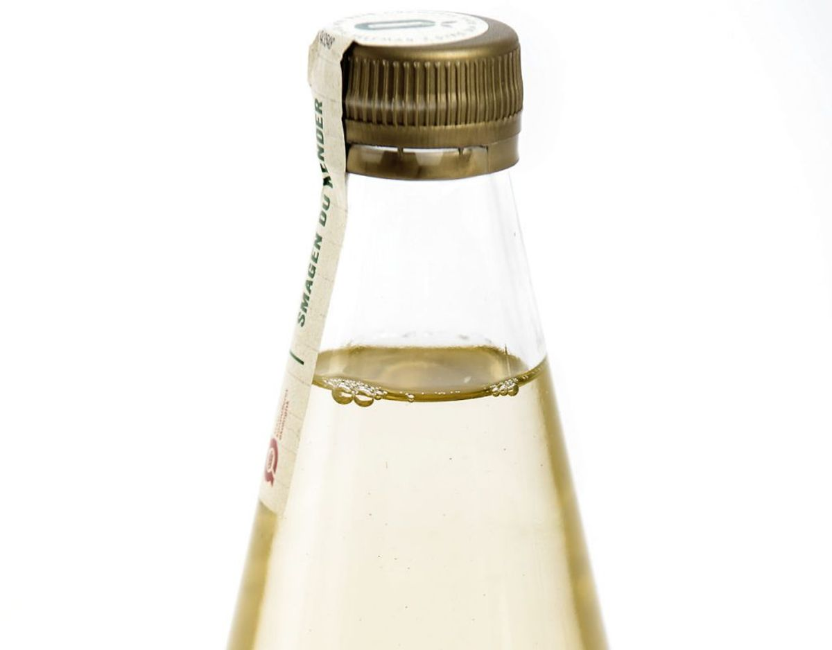 En hyldeblomst drik er kaldt tilbage, fordi der er fundet skimmelvækst i produktet. Foto: Thomas Lekfeldt/Ritzau Scanpix