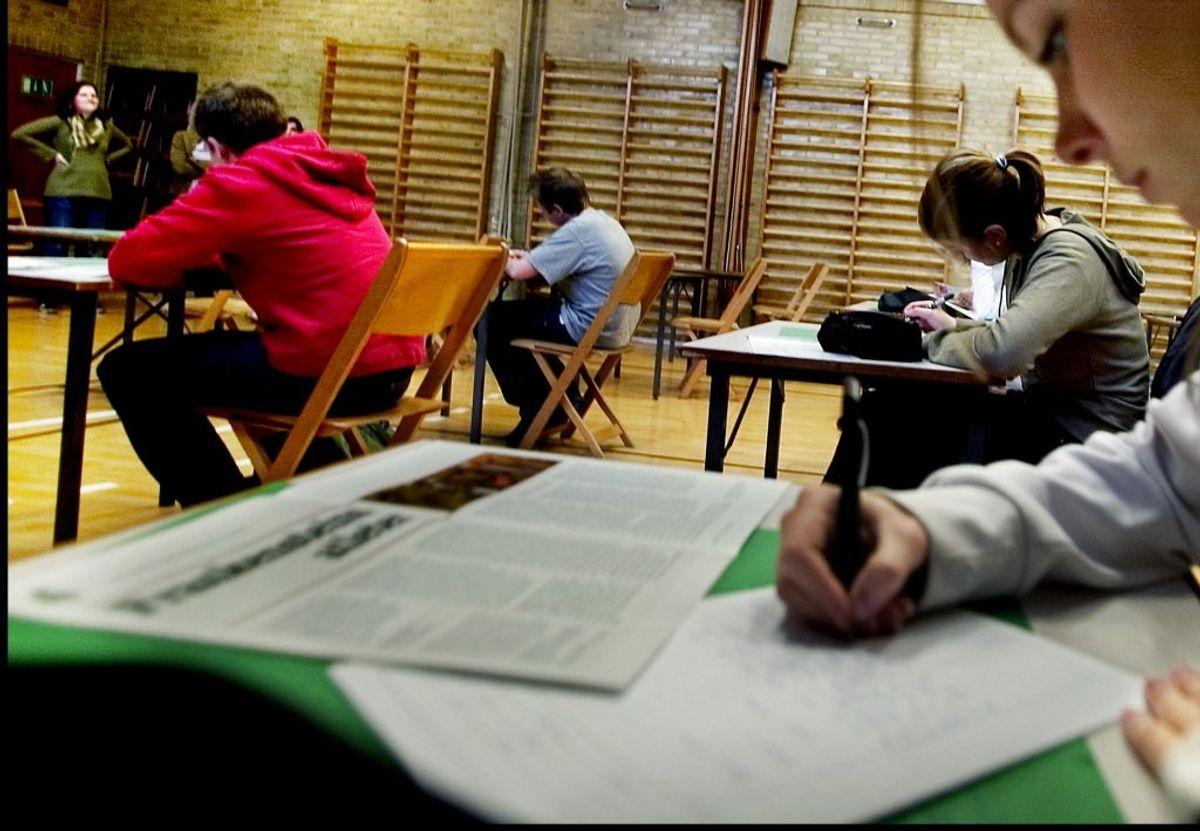 MÅ ÅBNE FRA 27. MAJ: Videregående uddannelser kan afvikle mundtlige eksamener fysisk og undervisning, der kræver fremmøde. (Foto: Christian Als/Ritzau Scanpix)