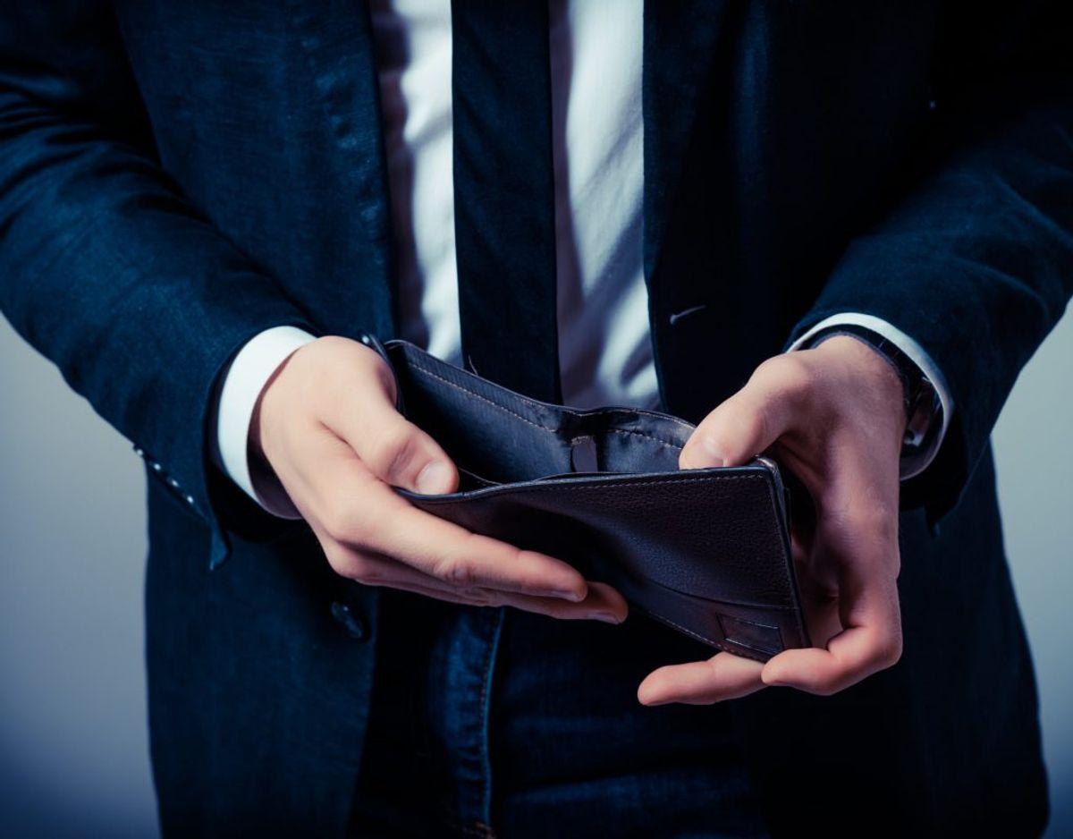 Hvis ikke du betaler din gæld, kan den overgå til inkasso. Men hvordan er du stillet, hvis det sker? KLIK VIDERE OG SE MERE. Foto: Colourbox/ Genre