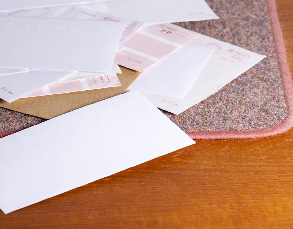 Før en inkassovirksomhed tager personligt kontakt til dig, skal du have modtaget et brev. Brevet skal indeholde alle de oplysninger, der er nødvendige for, at du ved hvad og hvem du skylder penge. Foto: Colourbox/ genre