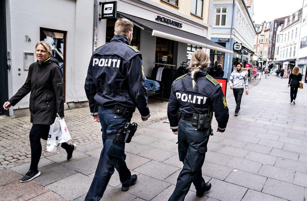 En cafeejer i Aalborg sigtet for at have for mange gæster. Foto: Henning Bagger/Ritzau Scanpix)