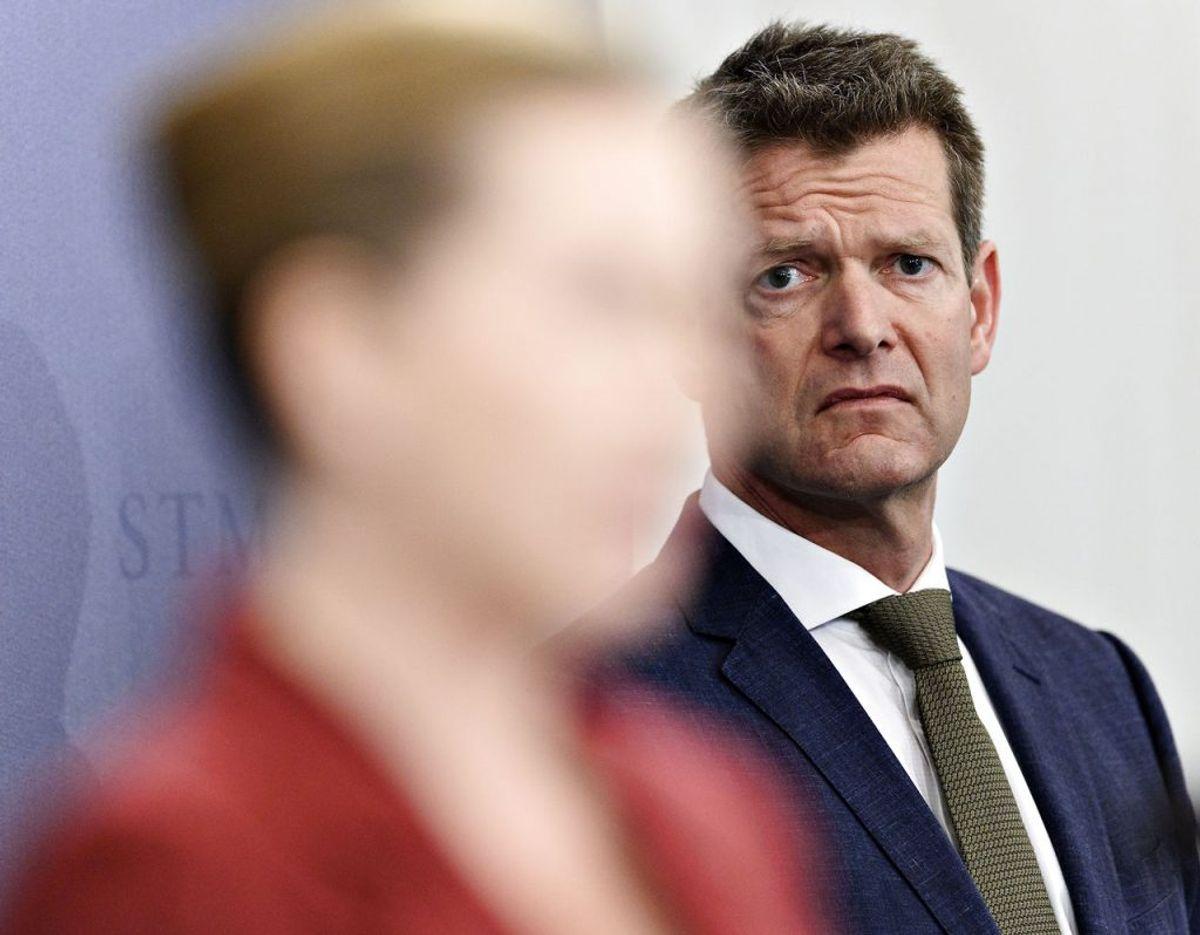 """En ekspert bruger ordet """"misbrug"""" efter at have hørt om sagen. Her ses Søren Brostrøm og Mette Frederiksen. Foto: Philip Davali/Ritzau Scanpix"""