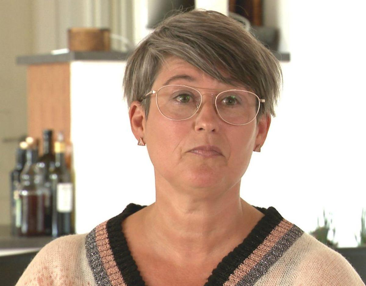 Jane Hoggins har i over tre år levet med følgerne af en hjernerystelse. Nu kan der være hjælp på vej til folk som hende. KLIK VIDERE OG SE MYTER OM HJERNERYSTELSER, DU IKKE SKAL TRO PÅ.  Foto: TV2 Østjylland/
