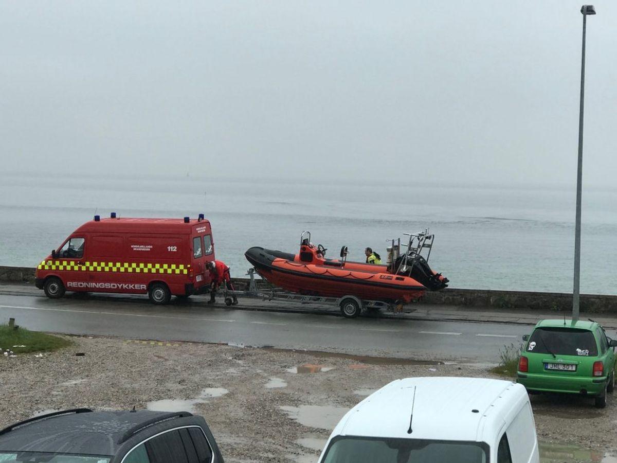 En 43-årig mand er mandag død under en dykkertur. KLIK for flere billeder. Foto: Presse-fotos.dk.