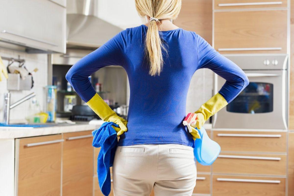 Der findes en række ting, det er nemt at glemme, når man klarer rengøringen. KLIK VIDERE OG SE 20 TING, DU MÅSKE ALDRIG HAR GJORT RENT. Foto: Scanpix.