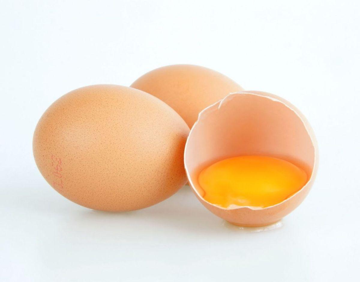 Helt friske æg er de bedste: Ikke hvis det handler om at koge æg. Helt friske æg kan nemlig være vanskelige at pille. Kilde: Expressen/Mit Kök. Klik videre for flere oplysninger. Foto: Scanpix.