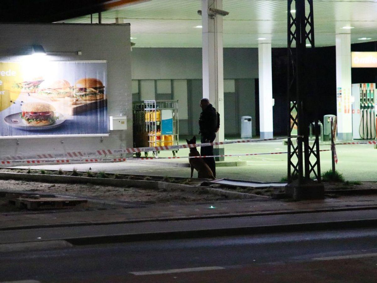Politiet efterforskede natten til lørdag et knivstikkeri. Foto: Presse-fotos.dk