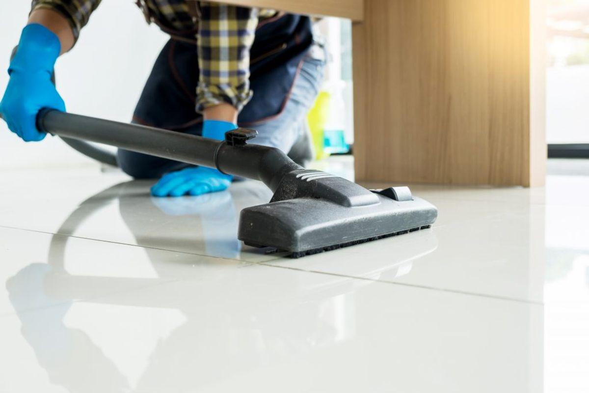 Vær særlig påpasselig med hygiejne og rengøring i hjemmet. Rengøring foretages med almindelige metoder og rengøringsmidler, men ekstra hyppigt og grundigt. Kilde: Sundhedsstyrelsen. Arkivfoto.