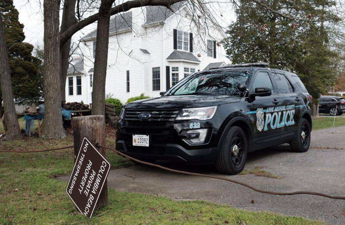 Siden torsdag har myndighederne ledt efter Maeve Kennedy Townsend McKean og hendes søn. KLIK for mere. Foto: SplashNews.com.