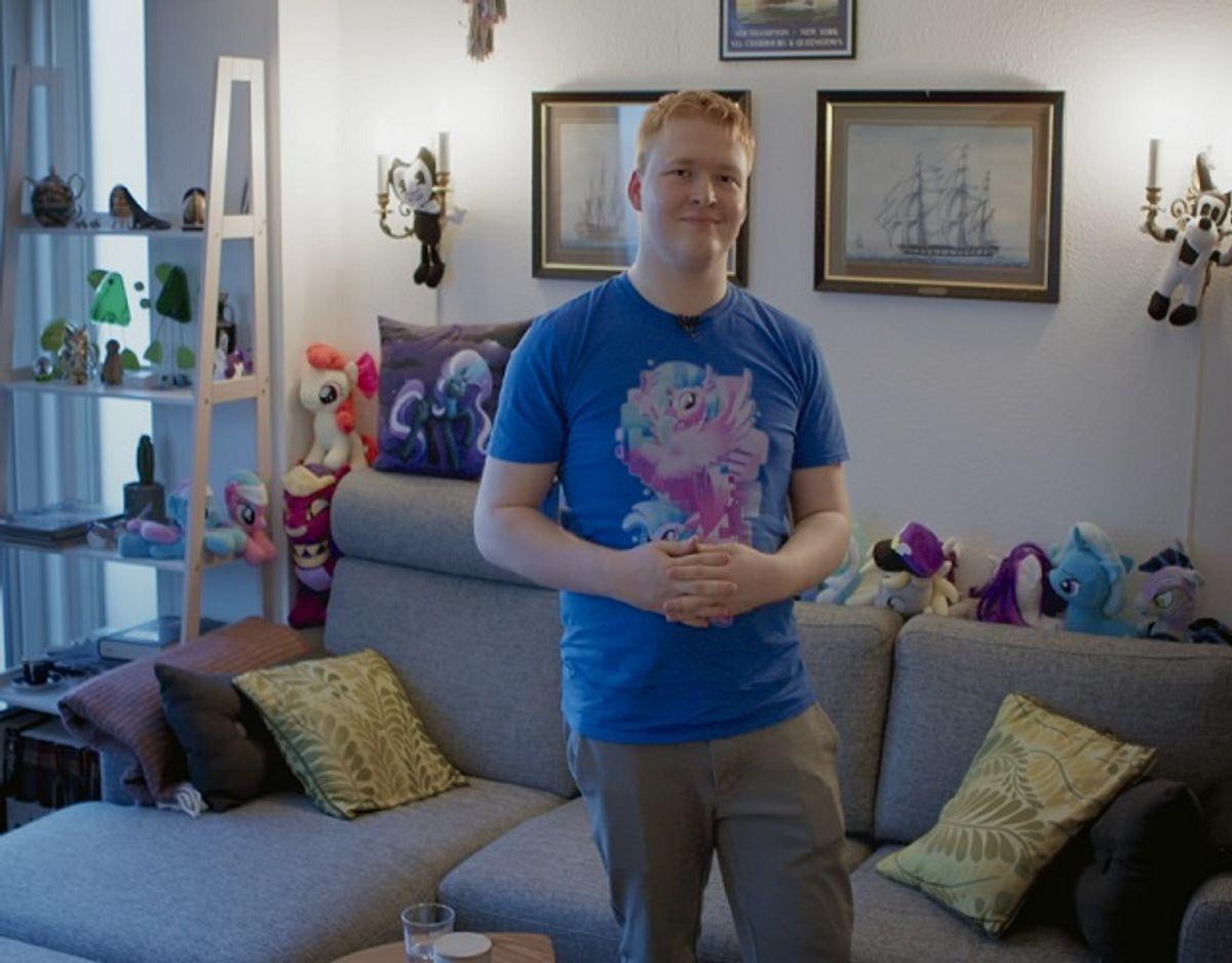 Martin vurderer selv sin samling til at være cirka 20.000 kroner værd. Foto: DBA Guide.