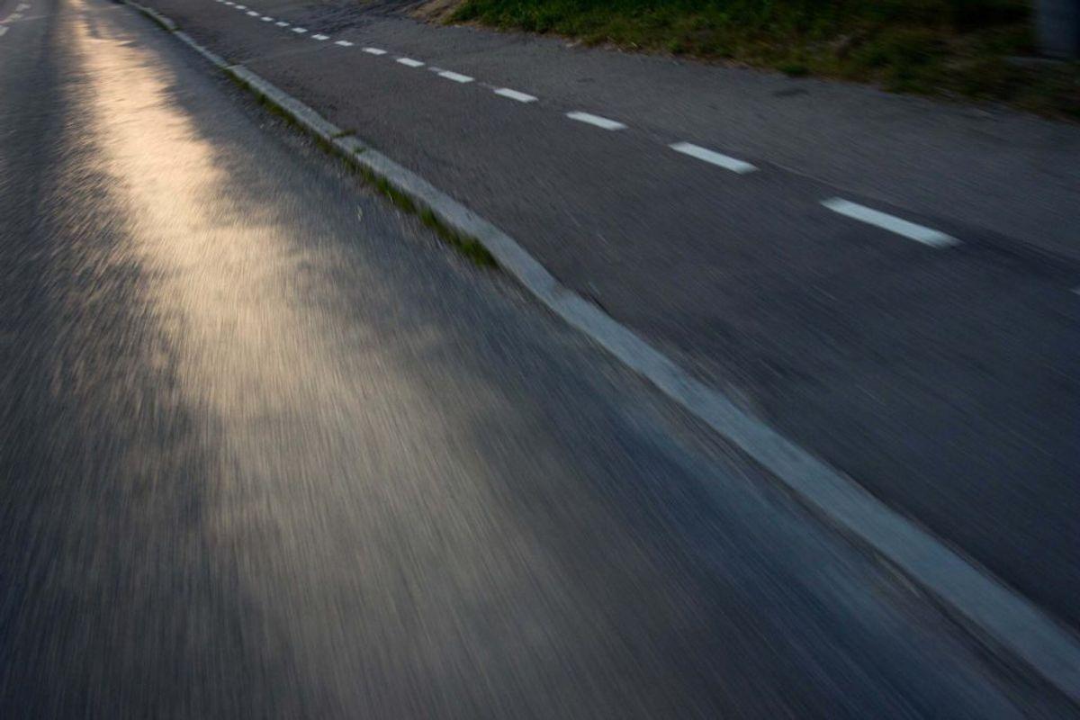 RIMGLAT: Opstår på en egentlig tør vej, men hvor der er fugt i luften.
