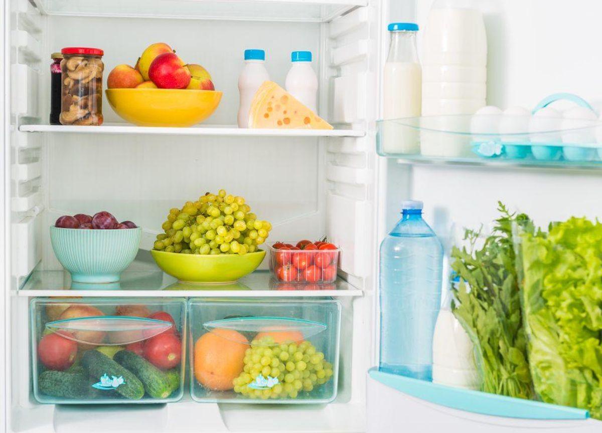 Lad være med at overfylde dit køleskab. Der skal være plads til, at luften kan cirkulere. Kilde: Min Måltidshåndbog. Arkivfoto.