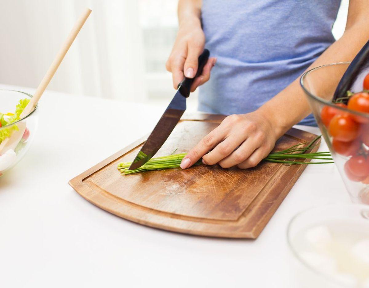 Det er vigtigt, at du skyller krydderurter, inden du spiser dem rå. Genrefoto. KLIK for mere.