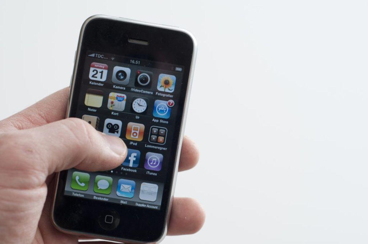 6. Stop med at tage mobilen med på toilet.