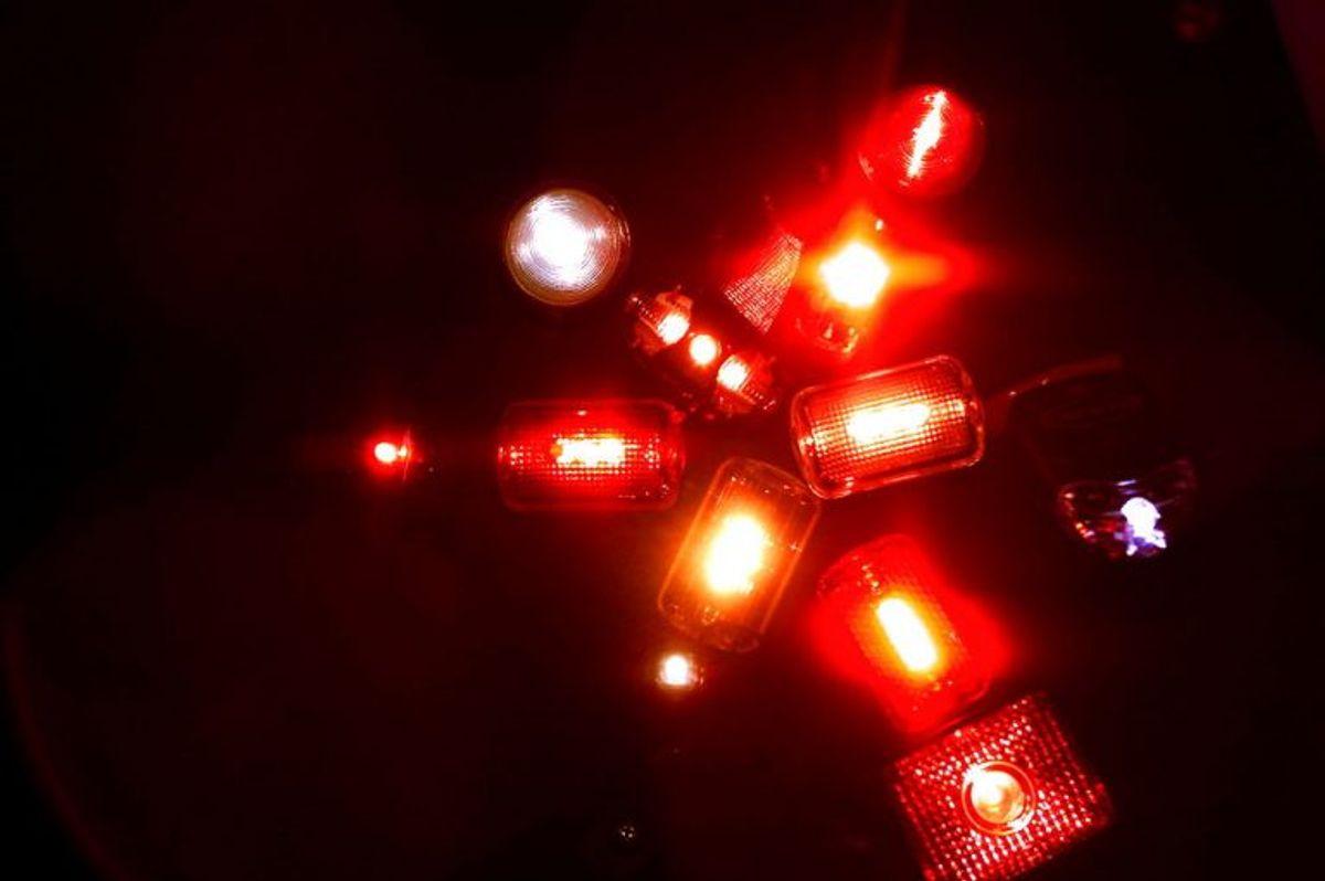 For en batteridrevet lygte gælder, at den skal have en brugstid på mindst fem timer. Brugstid er tiden, som lygten kan lyse ved konstant lys, inden batteriet eller batterierne skal udskiftes eller genoplades. Foto: Scanpix